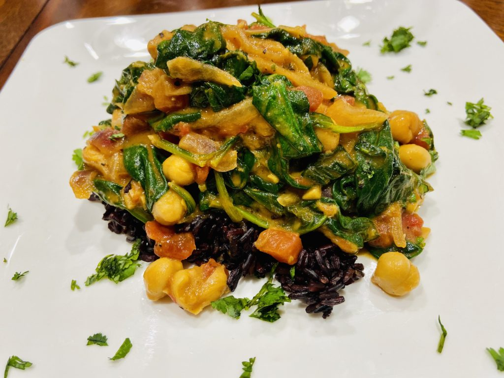 How to make Indian spinach chickpea coconut curry.