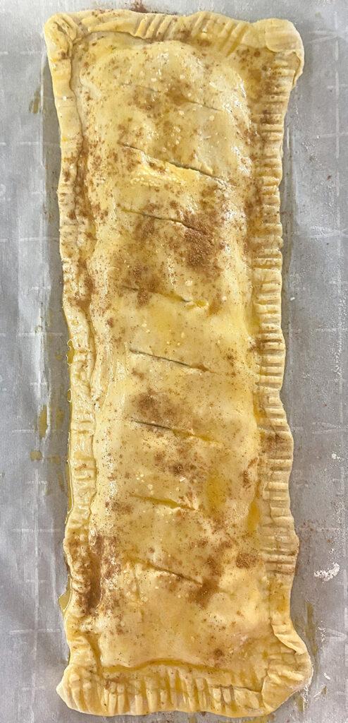 apple puff pastry dessert